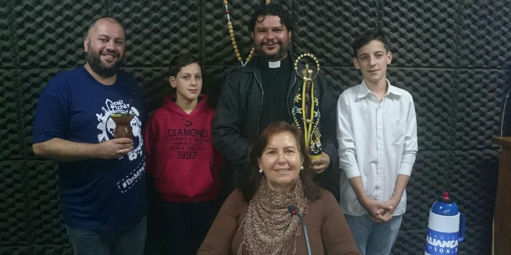 02/08/17 - Pe. Diego, Pe. Adilson, Lecir e Acólitos