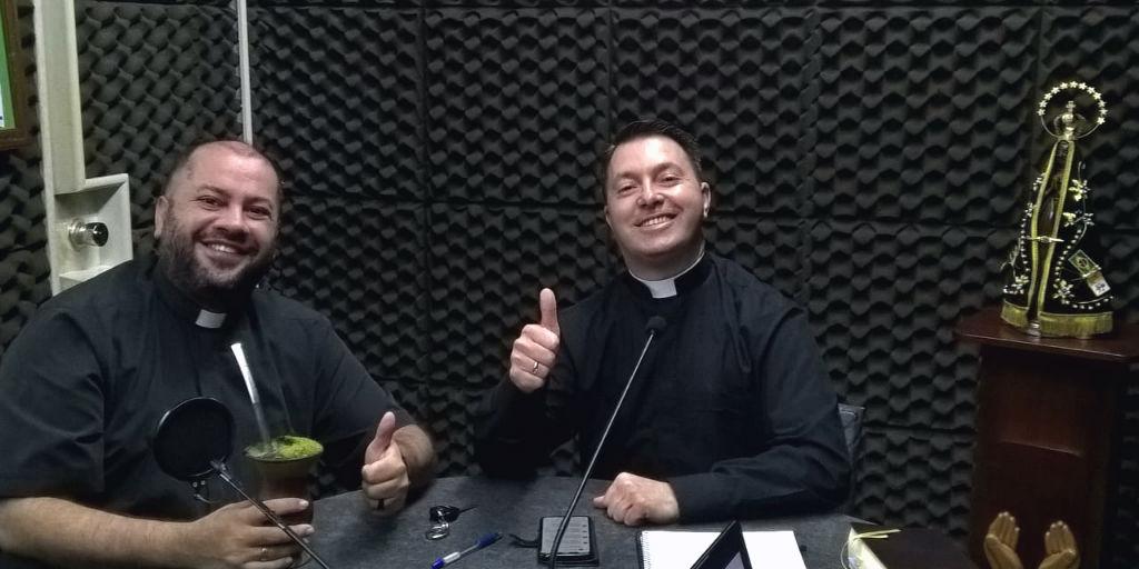 16/10/18 - Pe. Valnei Armesto e Pe. Diego Correa